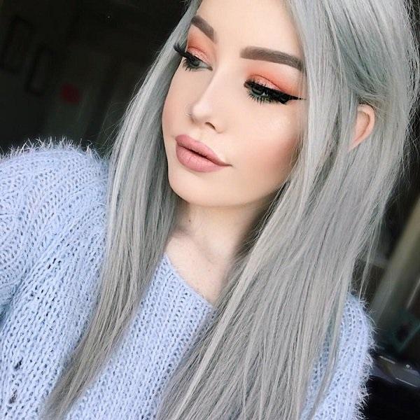 Maquillage yeux bruns cheveux gris