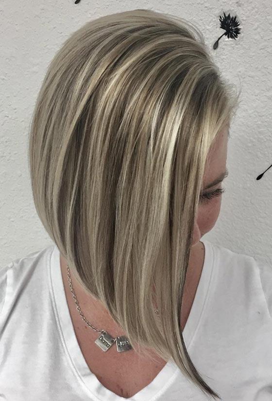Lhuile de bardane pour les cheveux avec lhuile de larbrisseau à thé