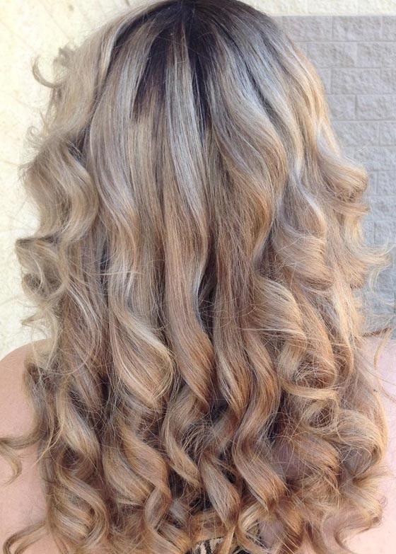 couleur blondes et cendres pour les cheveux astuces