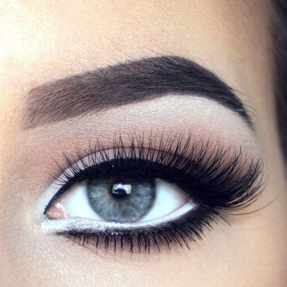 Astuces Les Cils Maquillage Appliquer Faux Comment 34LAqRj5